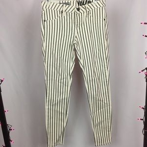 SALE💕 Volcom Pinstripe Skinny Jeans